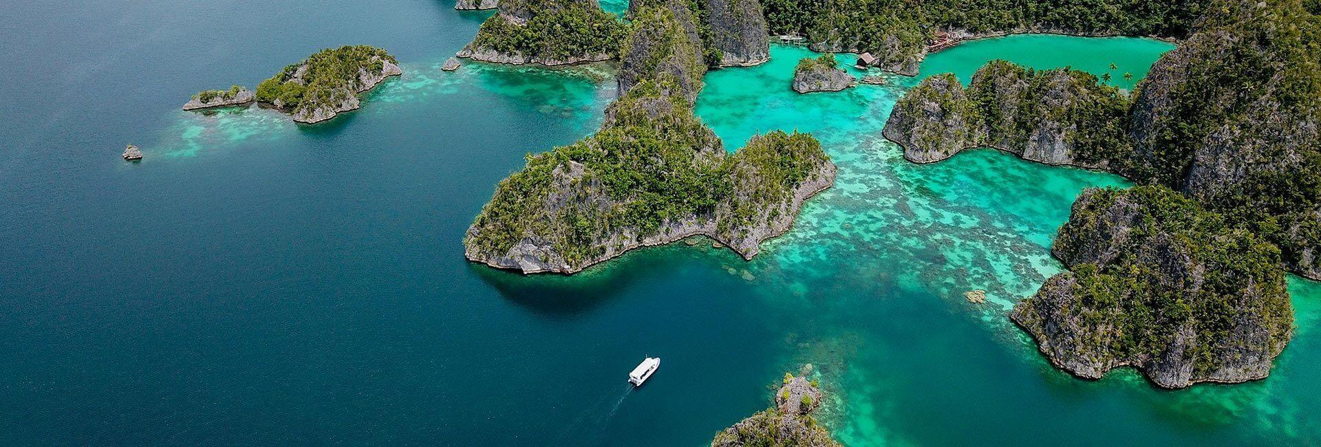 About Meridian Adventure Dive Raja Ampat Resort